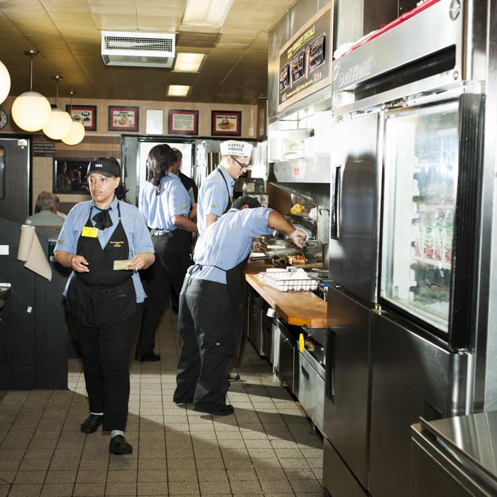 11_BonAppetit_WaffleHouse_080