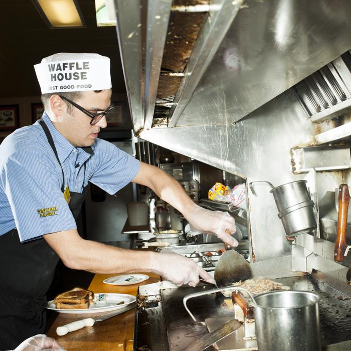 28_BonAppetit_WaffleHouse_081